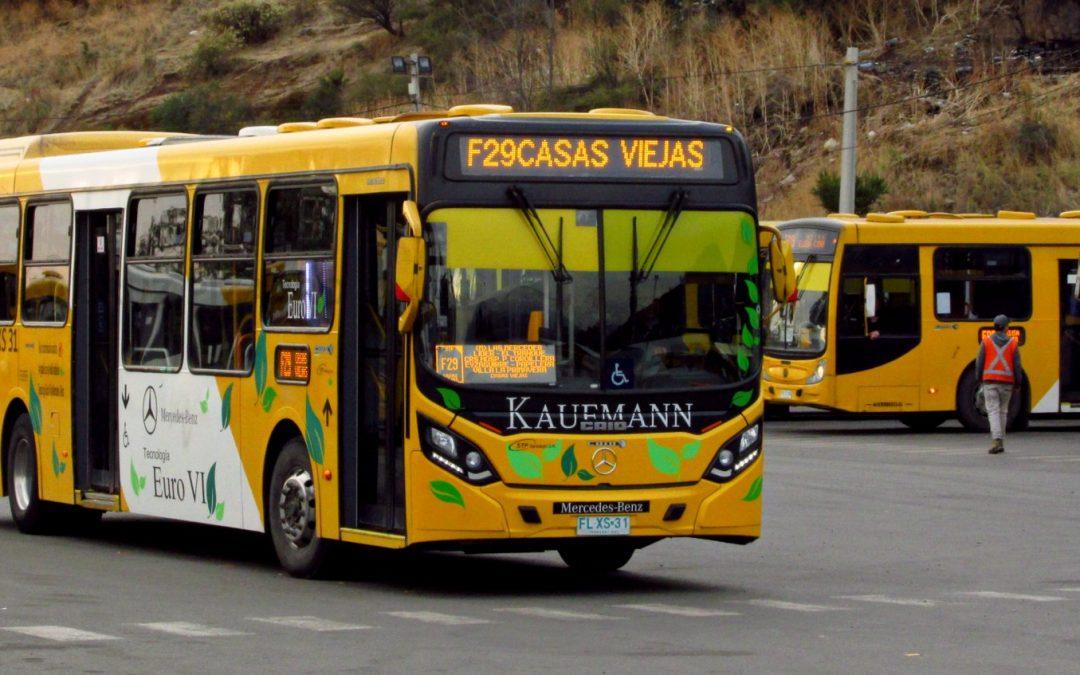 Los mejores buses del Transantiago están en el barrio alto, ¿mito o realidad?