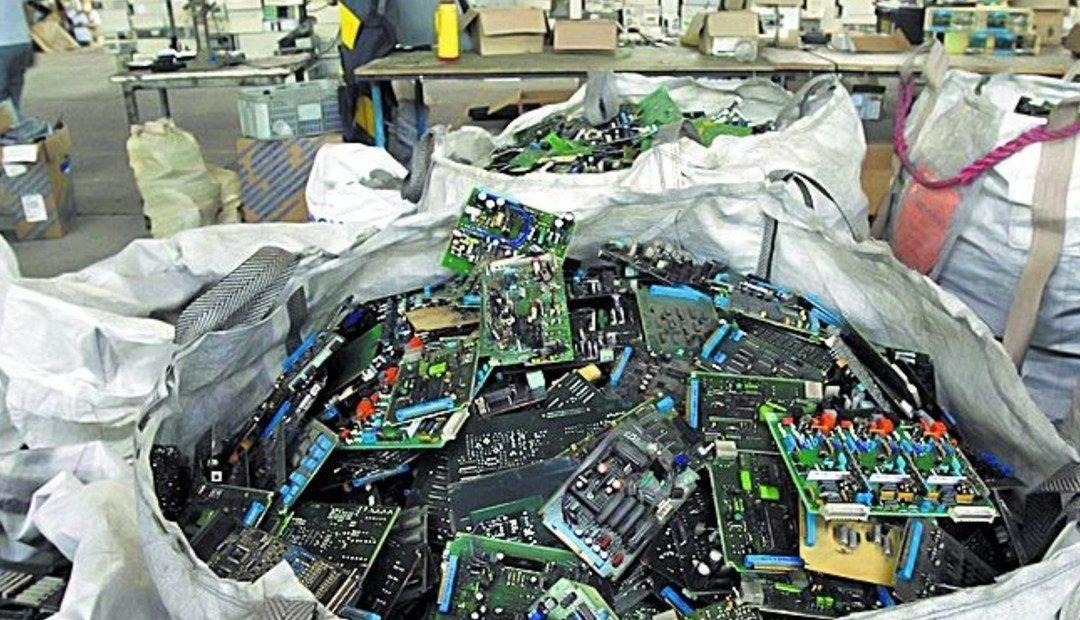 Los puntos de reciclaje de basura electrónica en la Región Metropolitana