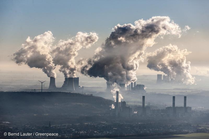 El top 3 de países con más emisiones de CO2